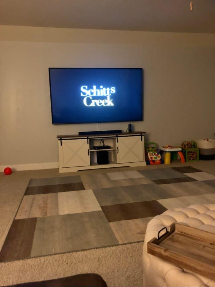 Schitt's Creek on the TV screen