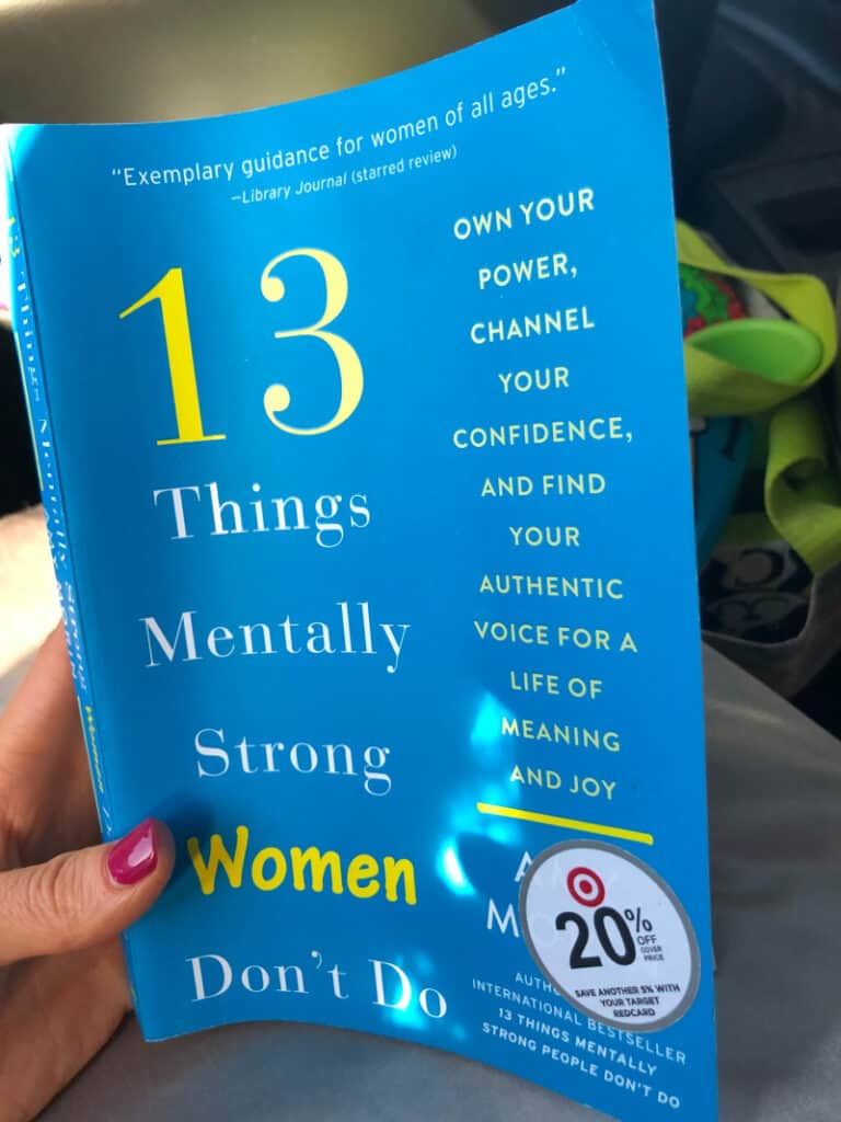 """The book """"13 Things Mentally Strong Women Don't Do"""""""