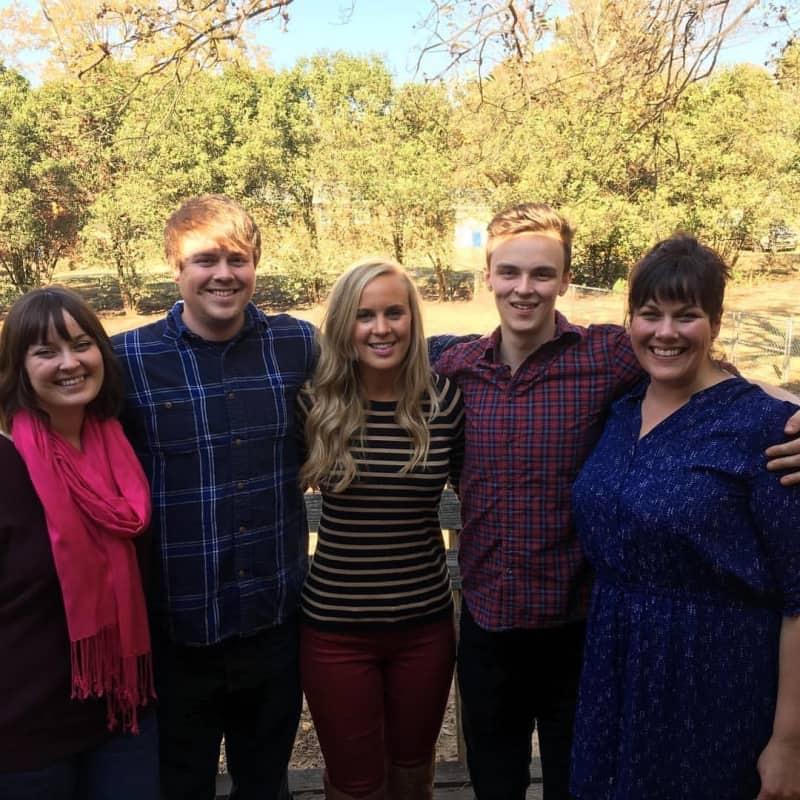 Lindsey's siblings